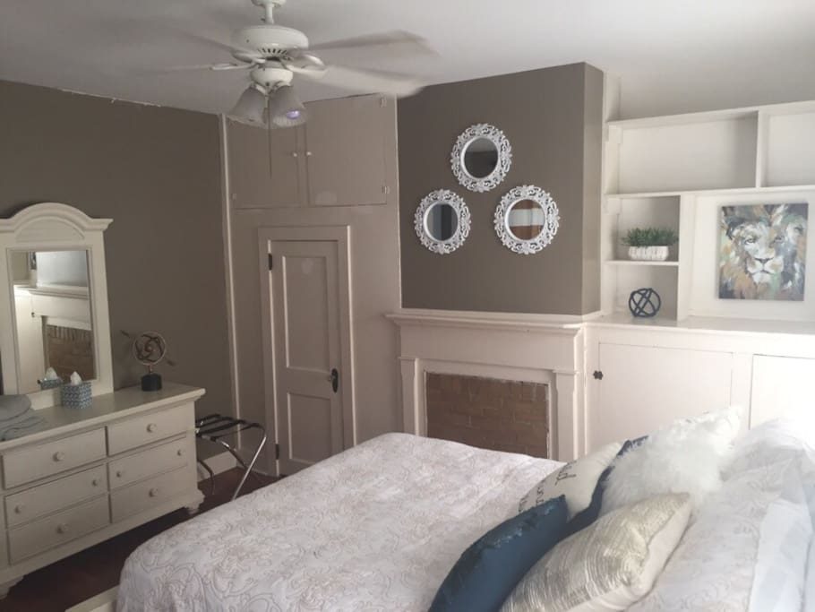 Charming 3bd Apt Downtown Chs Apartments For Rent In Charleston South Carolina United States
