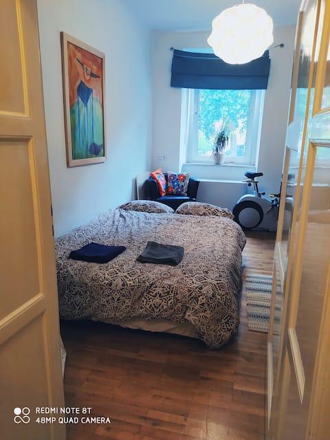 Zimmer in zentraler Lage/ Room near downtown