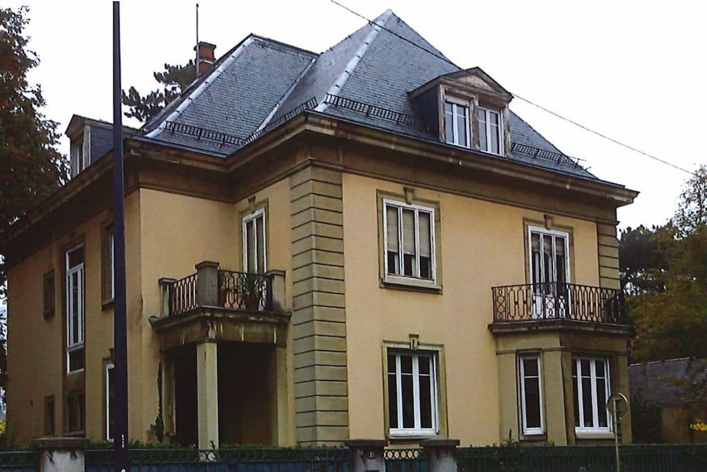 Chambres dans maison de ma tre maison d 39 h tes louer - Chambre des commerces mulhouse ...