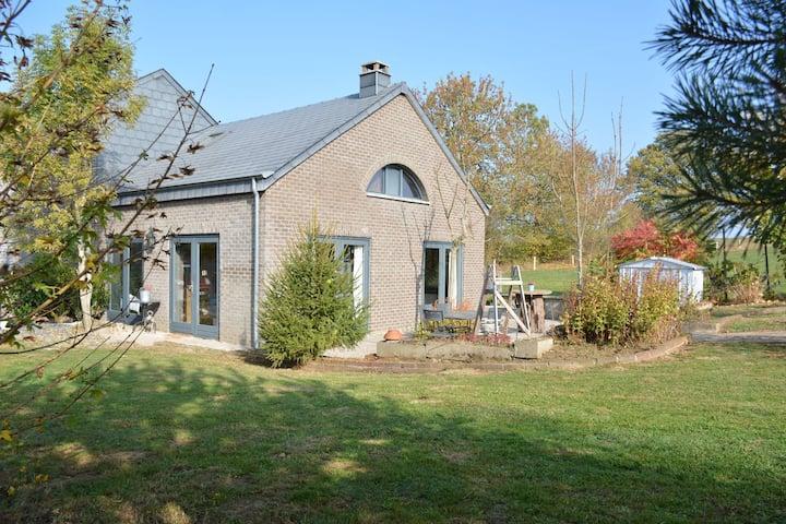 Gemütliches Ferienhaus in La Roche-en-Ardenne in Waldnähe