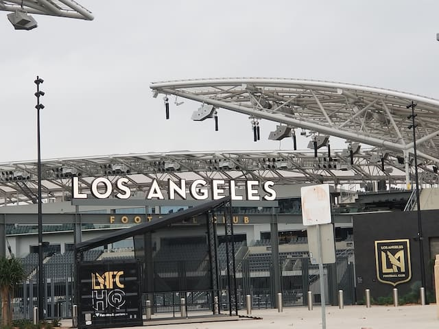 1 By USC, Expo Park, LAFC, Staple Ctr, USC & More
