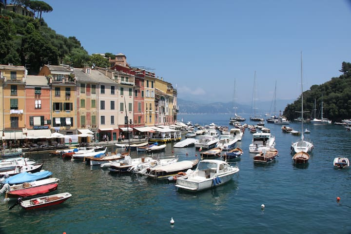 Loft On The Water Portofino + Concierge