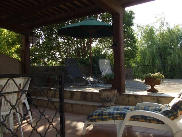 belle, grande maison dans Luberon - La Bastide-des-Jourdans
