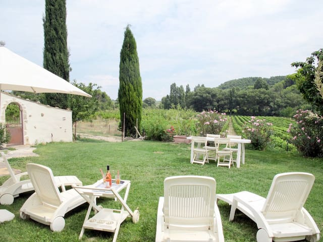 Holiday home in charming provencal estate in Valreas