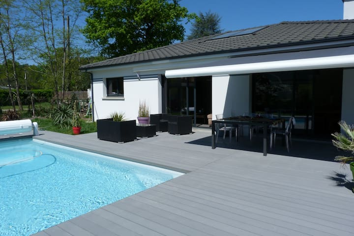 Luminous House with heated pool  - Le Taillan-Médoc - Villa