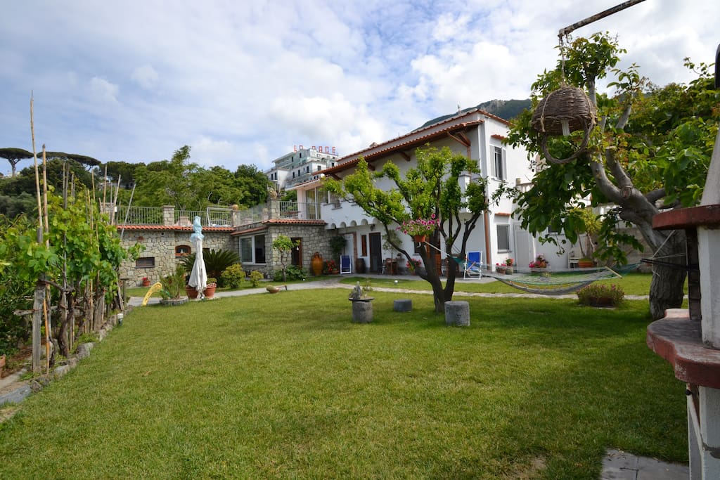 Ischia case vacanze maisons louer ischia naples for Casa vacanza ischia