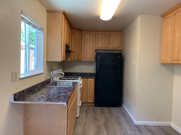 Beautiful 3/1.5 townhouse style home
