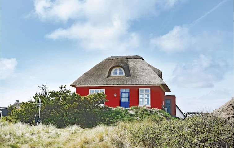Holiday cottage with 2 bedrooms on 70m² in Ringkøbing