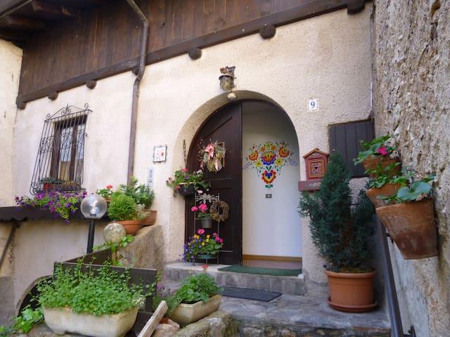 Villa Gobbo - Val di Non - Trentino - Sfruz - Huoneisto