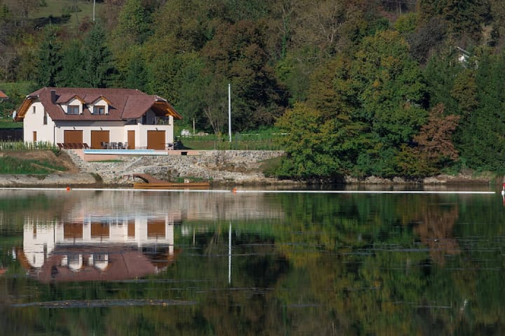 Villa Lake, brand new villa with pool and fitness - Ogulin - Talo