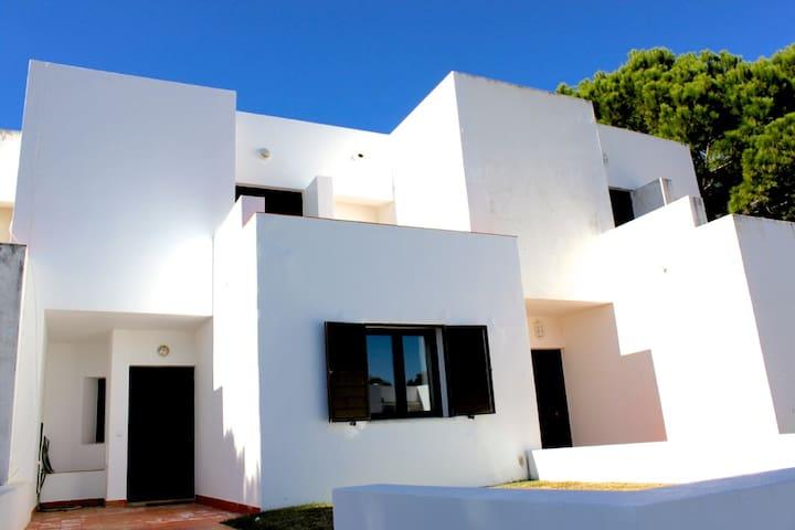 Kuki Villa, Vilamoura, Algarve - Vilamoura - Talo