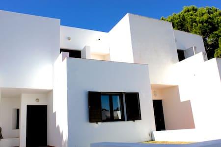 Kuki Villa, Vilamoura, Algarve - Вилламура