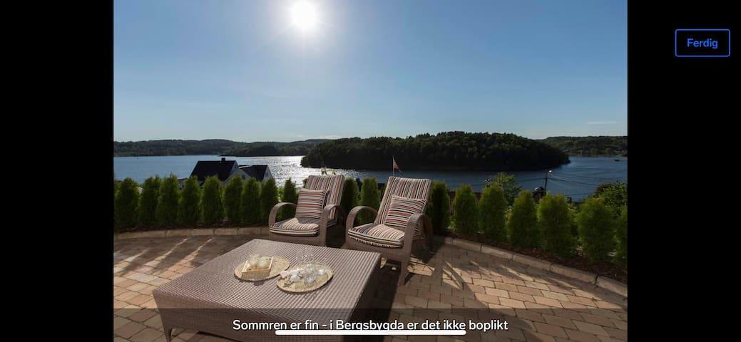 Fantastisk flott bolig nært sjøen