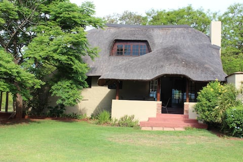 KLIPKOPJE GUEST COTTAGE  WHITE RIVER