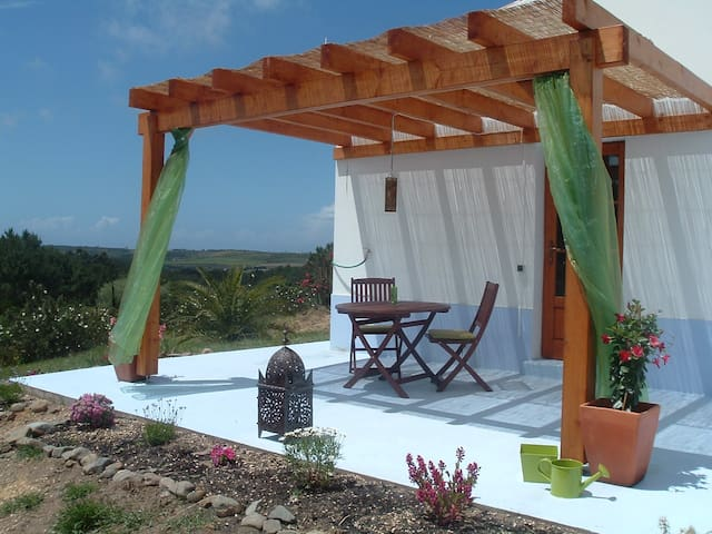 Surfers and nature lovers - B&B - Rogil - Oda + Kahvaltı