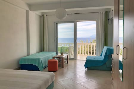 ❤DREAMSEA Apt Nº2 w/ Balcony, Garden & 5m to SEA❤
