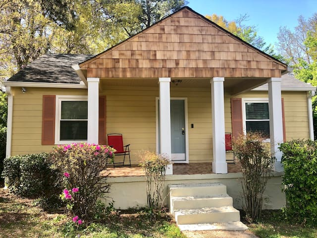 Decatur Bungalow Downtown Atlanta 9 mls away