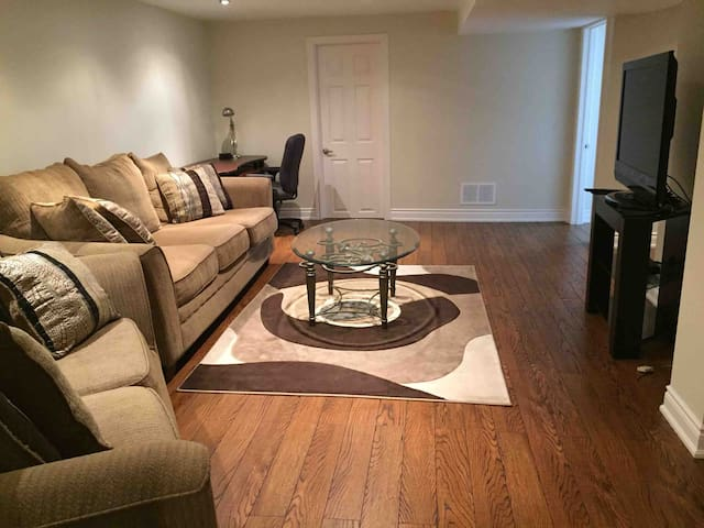 Immaculate 2 bdrm lower level suite
