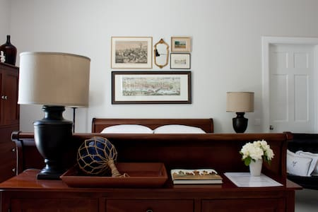 5-star rated Grand Suite at B+B Cerines, Nicosia