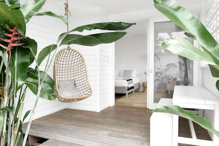 Bask & Stow SALT: Hip Coastal Living in Byron Bay