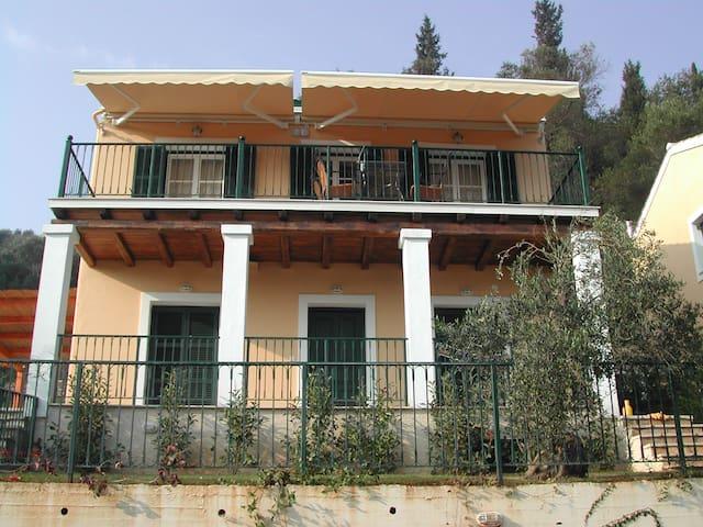 Vila Prinos on the island Corfu - Pelekas - Villa