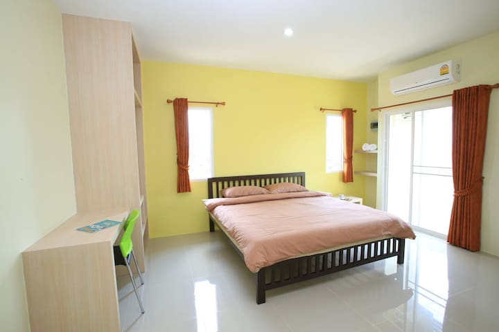 FongPang House, place to stay in Chanthaburi - Chanthaburi