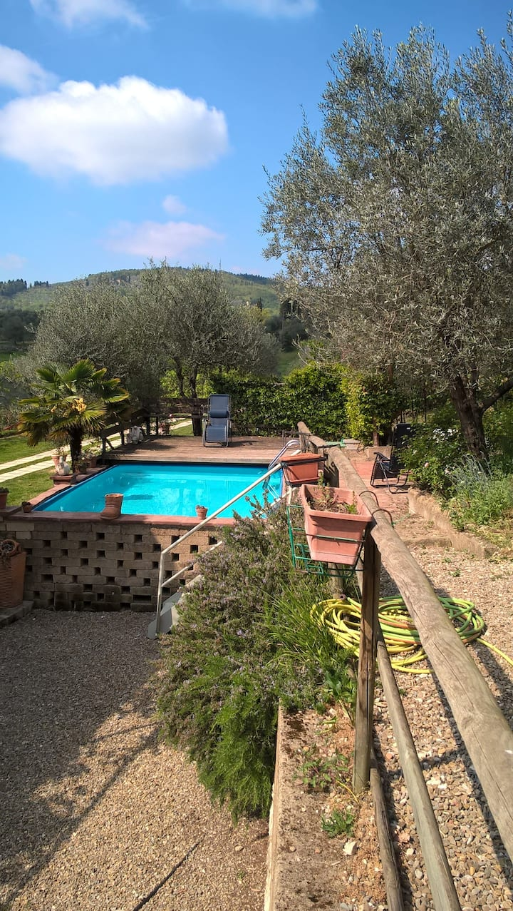 Magic Tuscan Hills apartment with pool - La Tinaia