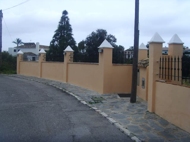 Parking by our streetwall 3-4 cars