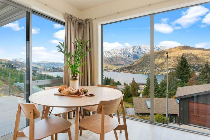 Quaint Sanctuary on Quartz   Incredible Views  