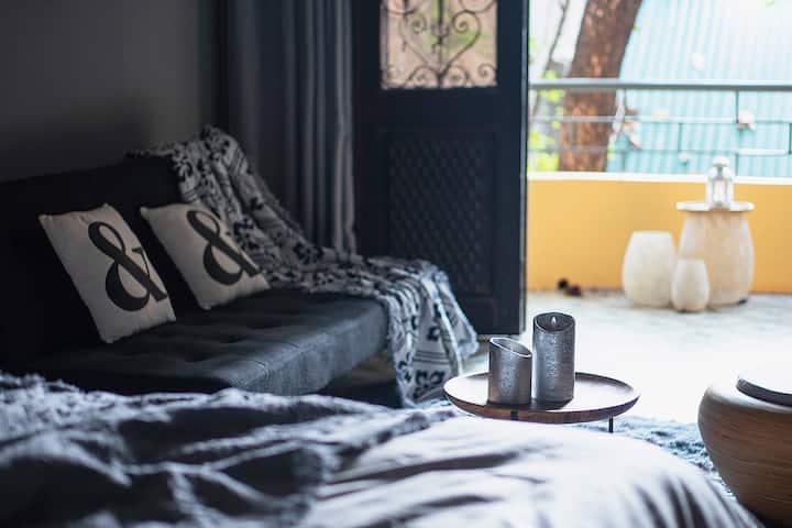 *Hanoi Loft* Spacious bedroom in Old Quarter!