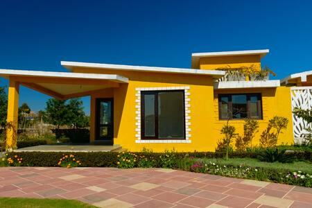 Aynara Villa, private pool, 2 bedroom-SangeetVilas