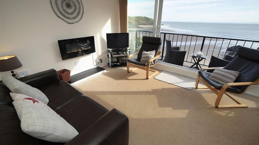9_304 Redcliffe Apartments, Caswell Bay