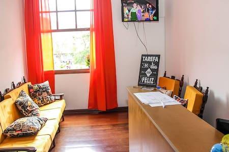 Hostel central quarto compartilhado