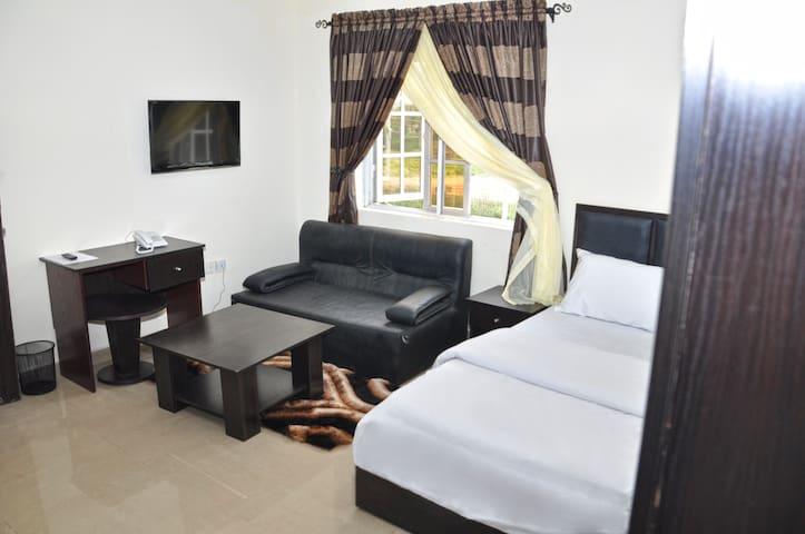 AMBASSADORIAL DELUXE - Abuja - Outros