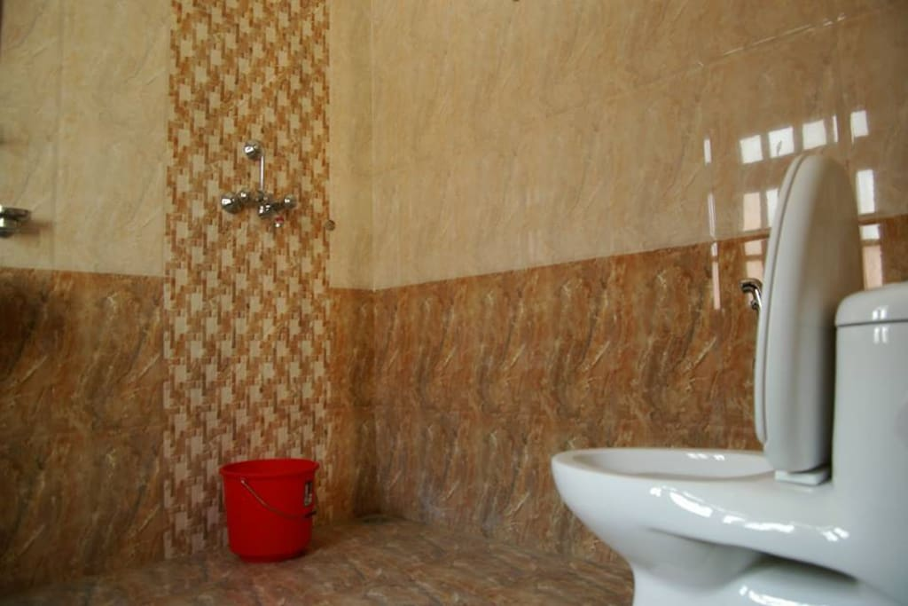 Attached bathroom in every Private room