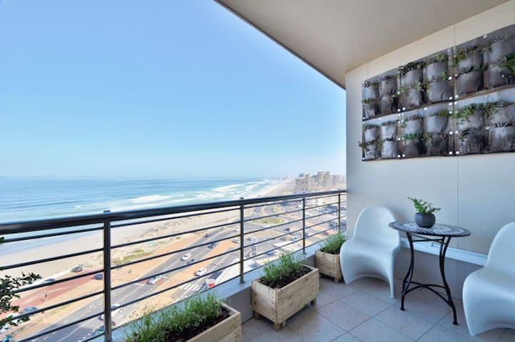 Blouberg Beachfront modern luxury apartment - Cape Town - Apartemen