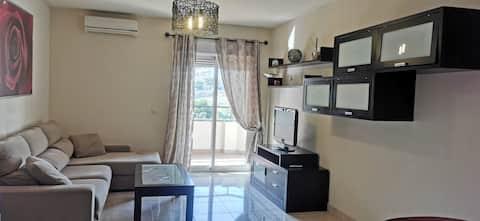 Apartamento moderno de diseño acogedor y luminoso
