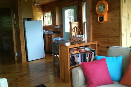 Waterview Cottage at Smith Cove - Brooksville - Blockhütte