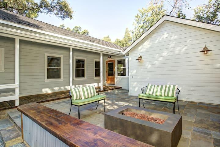 The Wright House - V Vacation Rentals