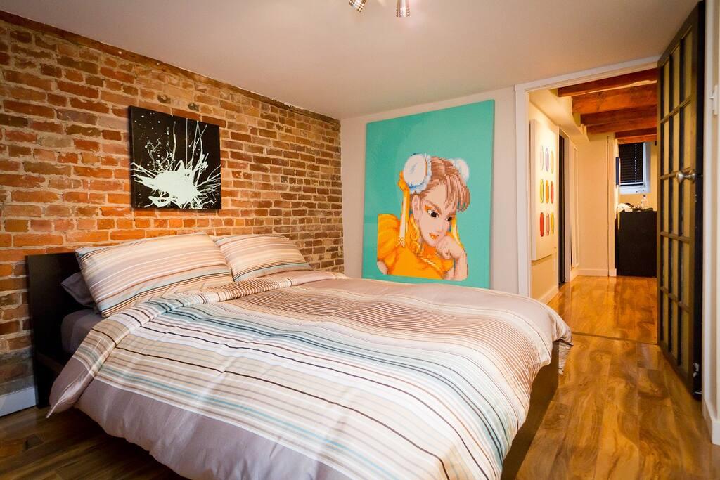 2nd bedroom with closed door
