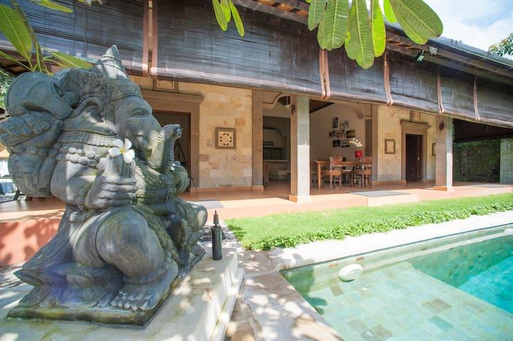 Villa Tao Seminyak Bali