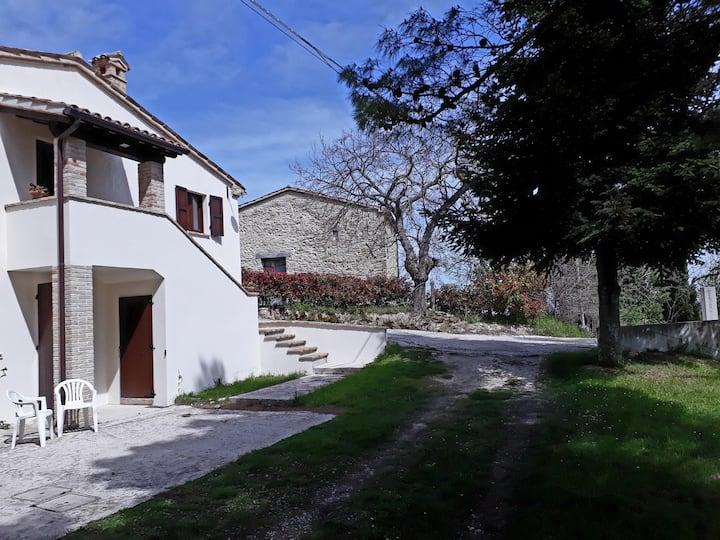 La Casa di Paolo - Casa con vista ad Avenale