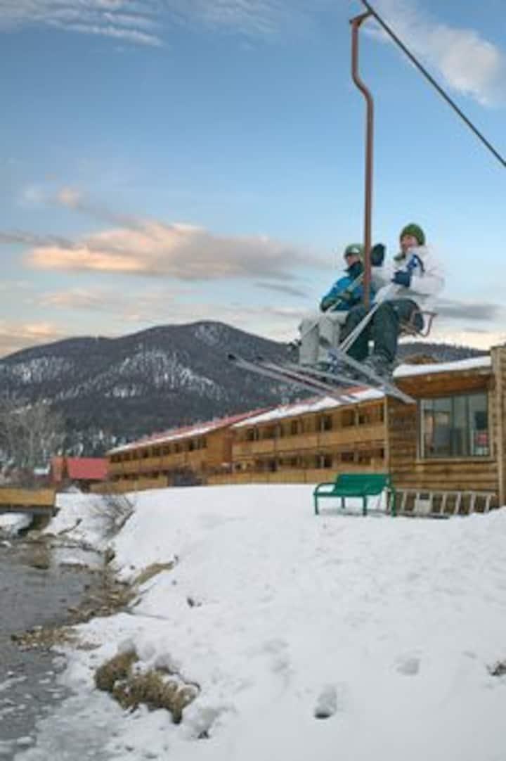 Red River Ski In Ski Out 2 Bedroom Condo