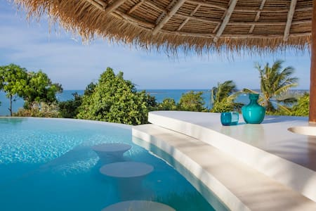 50% DISCOUNT! Possibly sexiest 4br Seaview Villa!