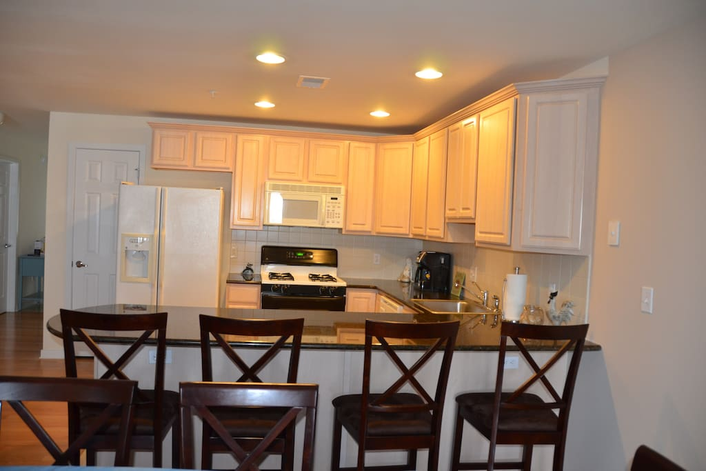 Kitchen counter seating for 4