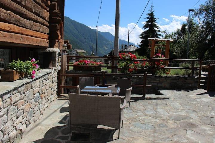 Bilocale per 2 persone in Val d'Ayas (t.o.)