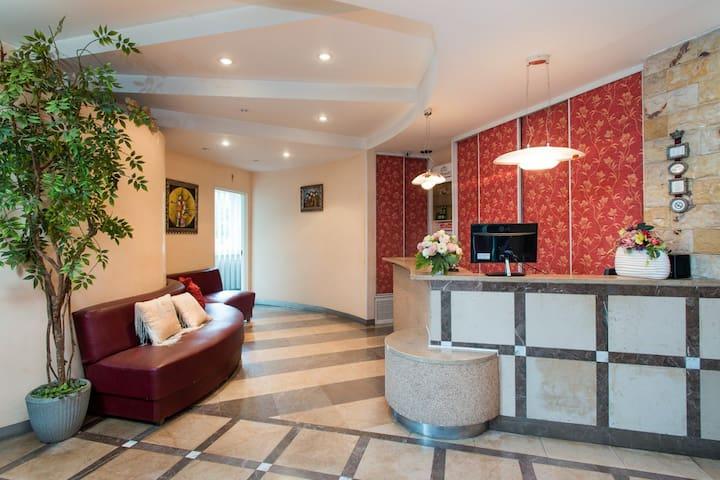 West Hotel Pokój jednoosobowy z łazienką