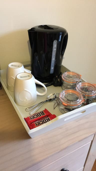 Tea tray in bedroom with tea, coffee, sugar & biscuits (milk available also)