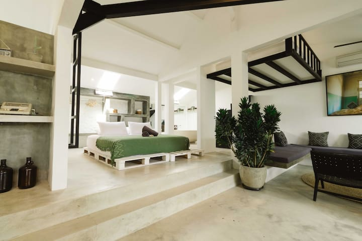 MODERN & STYLISH ART LOFT CANGGU