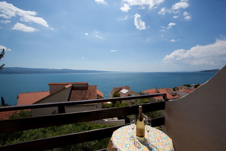 Cosy studio with great sea view - Omiš - Leilighet
